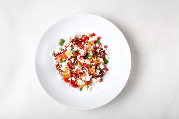 Tomato, pomegranate & feta salad